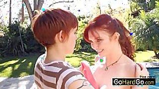 Redhead lesbian chicks licking love tunnel veronica ricci l...