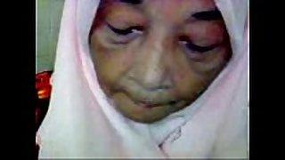 Malaysian granny oral-job sex