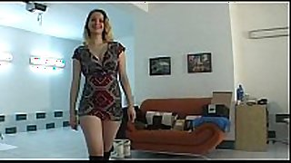 Amateur czech babe lapdances in black boots