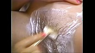 Retro porn - hot blond shaving dark brown hair