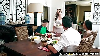 Brazzers - milfs like it large - kendras thanksgiving stuffing scene starring kendra craving and jordi el