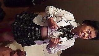 Abuela japonesa de 77 añ_os ví_deo completo
