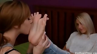 Sasha foxx beautiful foot worship Session