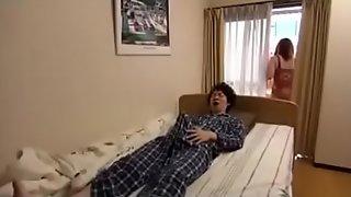 Bit Mom And Son Nigh Home boy Sleep with mom